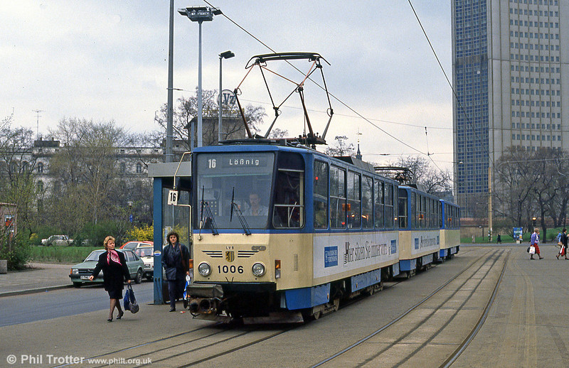 Leipzig Tatra T6A2 1006 in front of the Hauptbahnhof on 5th April 1991.
