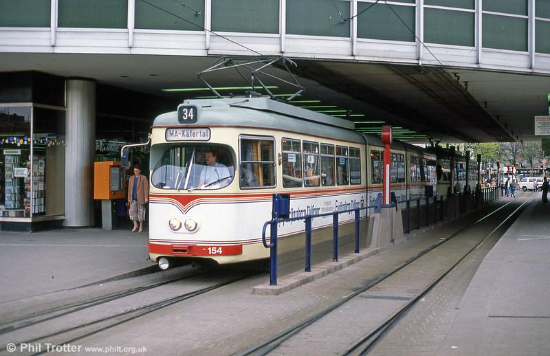 Ludwigshafen 154 at Berliner Platz on 3rd April 1991.
