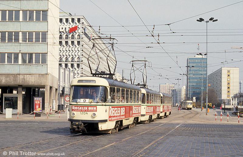 T4D 1204 Ernst Reuter Allee on 12th April, 1993.