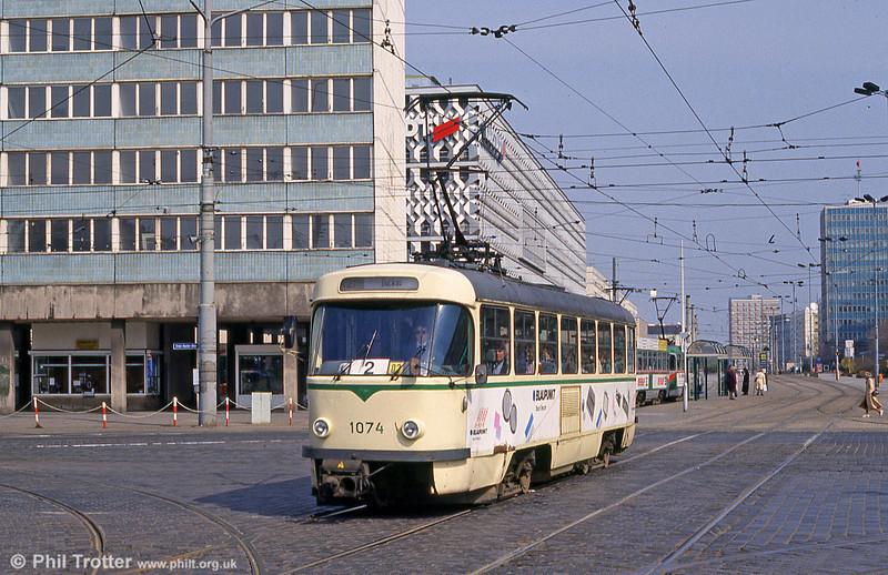 T4D 1074 at Ernst Reuter Allee on 12th April, 1993.