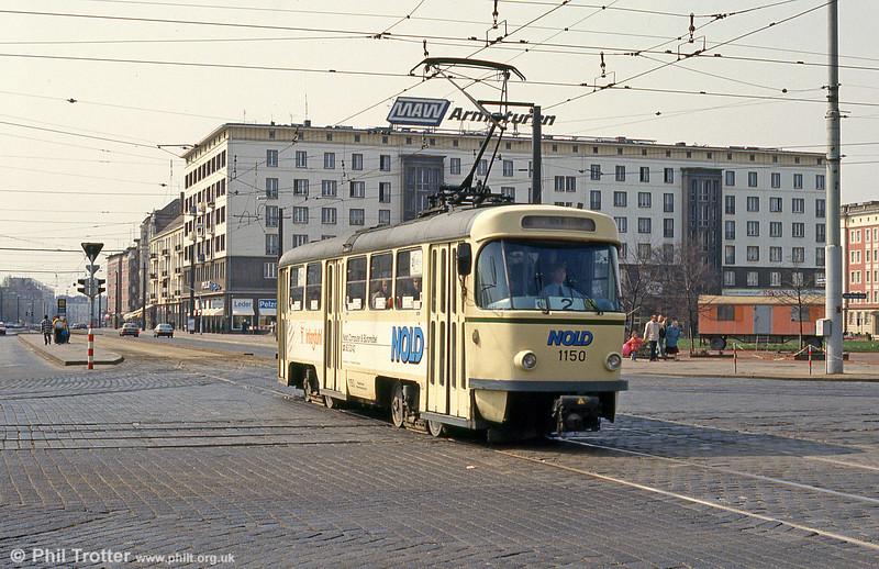 T4D 1150 at Ernst Reuter Allee on 12th April, 1993.