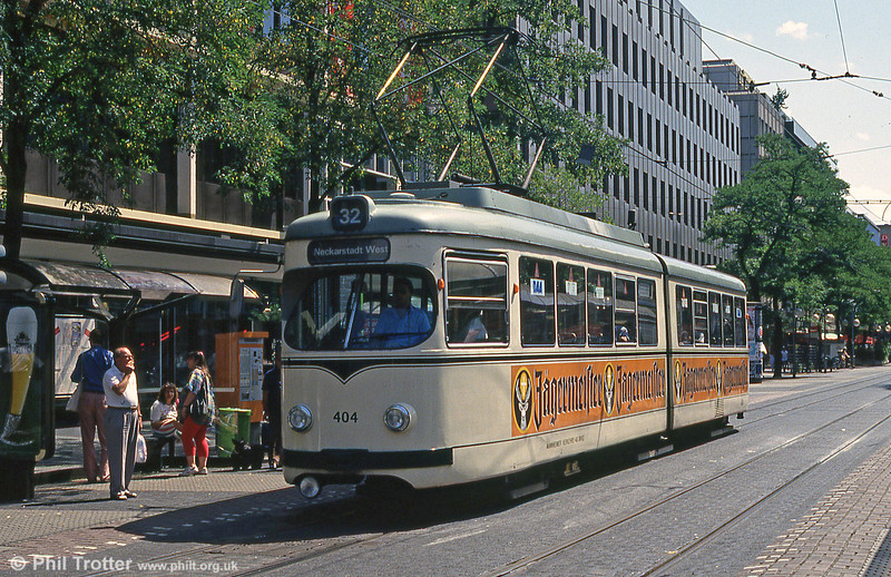 Mannheim 404 at Paradeplatz on 1st August 1993.