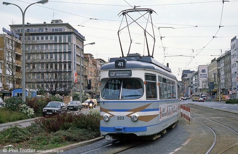 Mannheim 323 at Hauptbahnhof on 3rd April 1991.