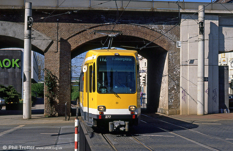Mulheim 277 at Rathausmarkt on 12th April 1991.