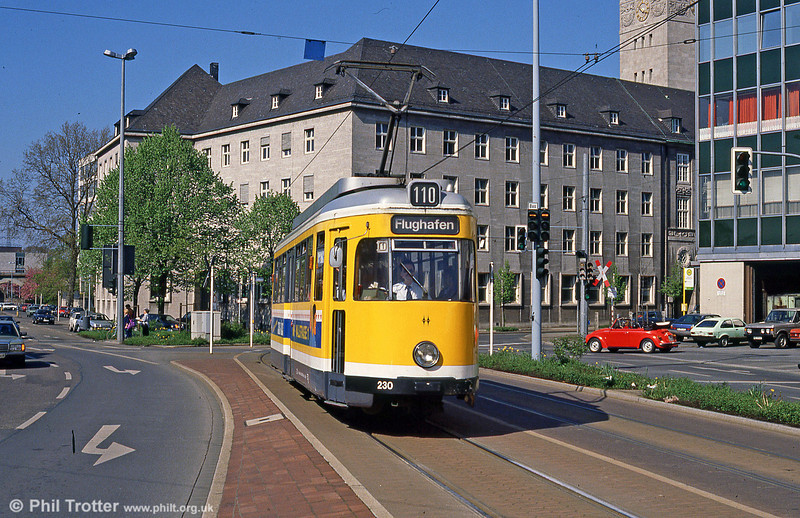 Mulheim 230 at Ruhrstrasse on 12th April 1991.