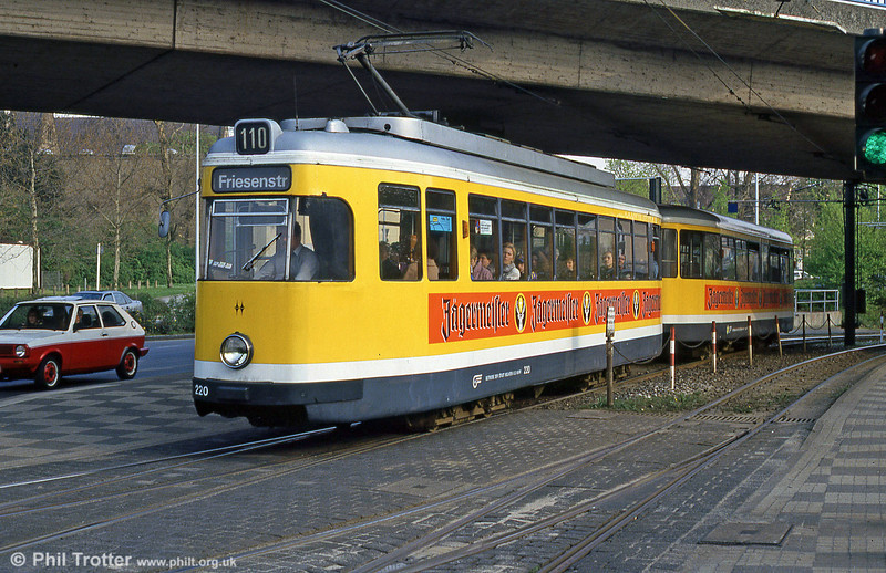 Mulheim 220 at Friedrich-Ebert-Str on 19th April 1994.