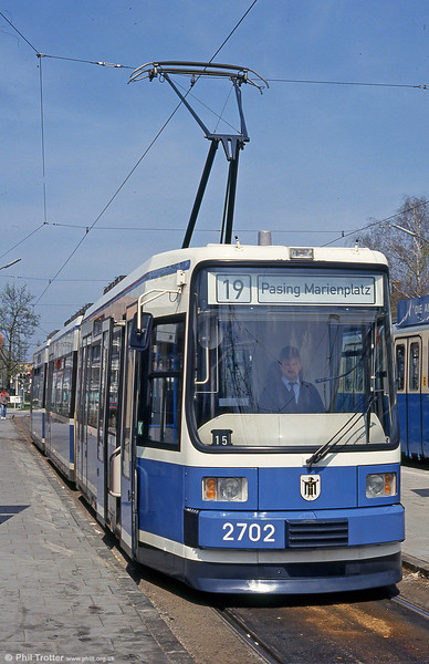 Munich MAN low-floor car 2702 at St. Veit Strasse on 20th April 1993.