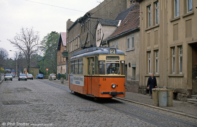 Naumburg car 32 dating from 1960 at Michaelistrasse on dustbin day, 8th April 1991.