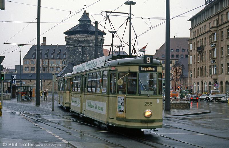 Nürnberg 255 at the Hauptbahnhof on 5th April 1991.