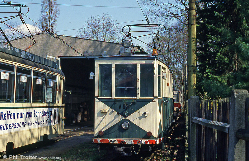 Schoneiche works car A92, built in 1914 and formerly from Krefeld, at Friedrichshagen on 10th April 1991.