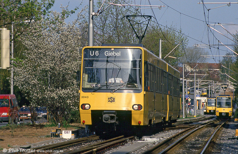 Stuttgart 3043 and congestion at Giebel on 21st April 1993.