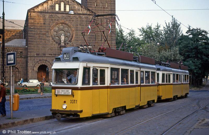 Ganz UV2 3377 at Ferenc körút on 19th August 1992.