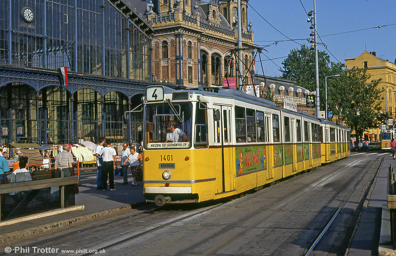 Budapest Ganz CSMG2 1401 at Nyugati Station on 19th August 1992.