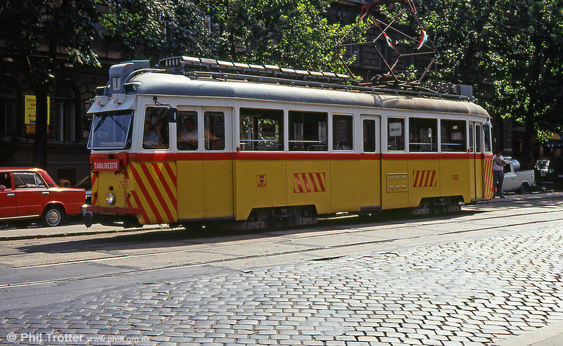 Driver training (tanulovezeto)Ganz UV1 7661 at Thököly út on 19th August 1992.