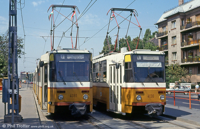 Budapest Tatra T5C5s 4081 and 4130 at Thököly út on 19th August 1992.