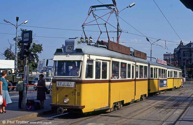 Ganz UV3 3410 at Szent Gellért tér on 19th August 1992.