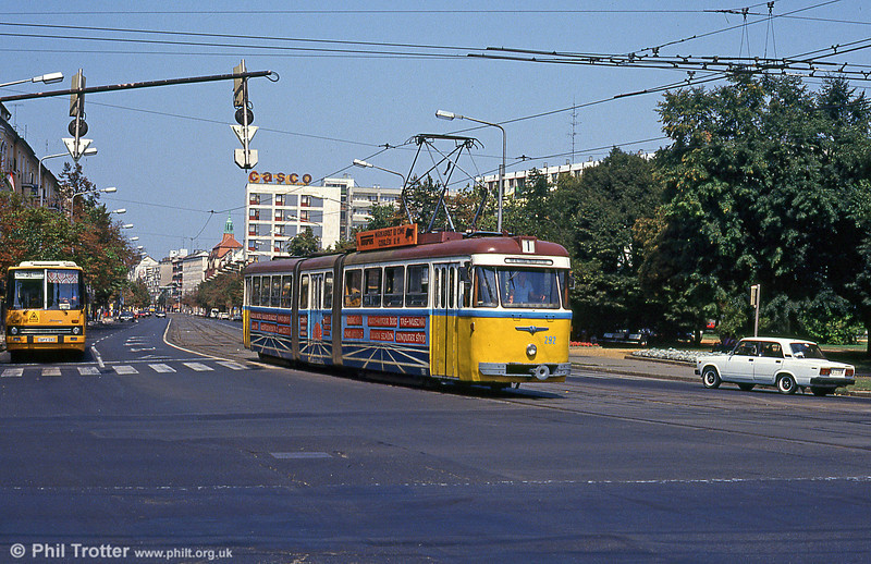 Debrecen 292 at Petőfi tér on 21st August 1992. This was formerly a Budapest car.