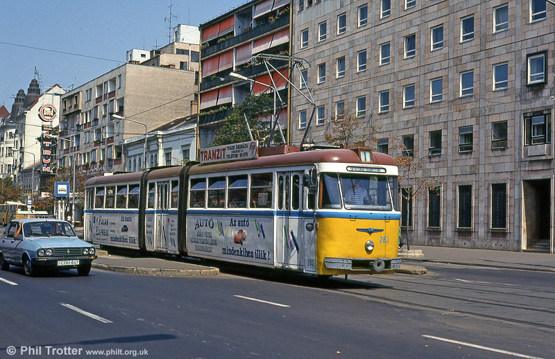 Debrecen 282 in Piac utca on 21st August 1992.