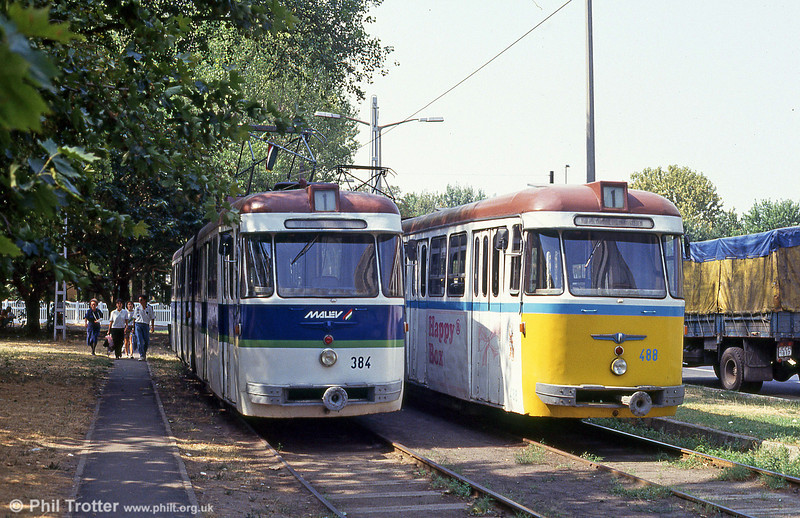 Debrecen 384 and 488 at the main railway station on 21st August 1992.