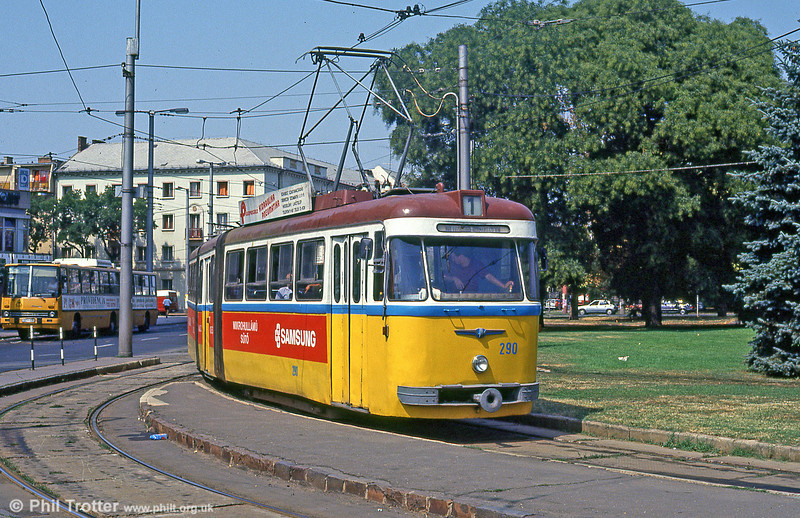 Debrecen 290 at the main railway station loop on 21st August 1992.
