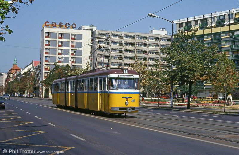 Debrecen 385 at Kossuth tér on 21st August 1992.