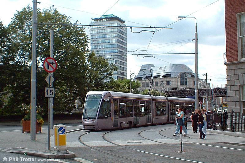 Dublin (Luas) Alsthom Citadis 302 car 3008 near Connolly Station terminus on 10th August 2005. The name 'Luas' translates as 'Speed'.