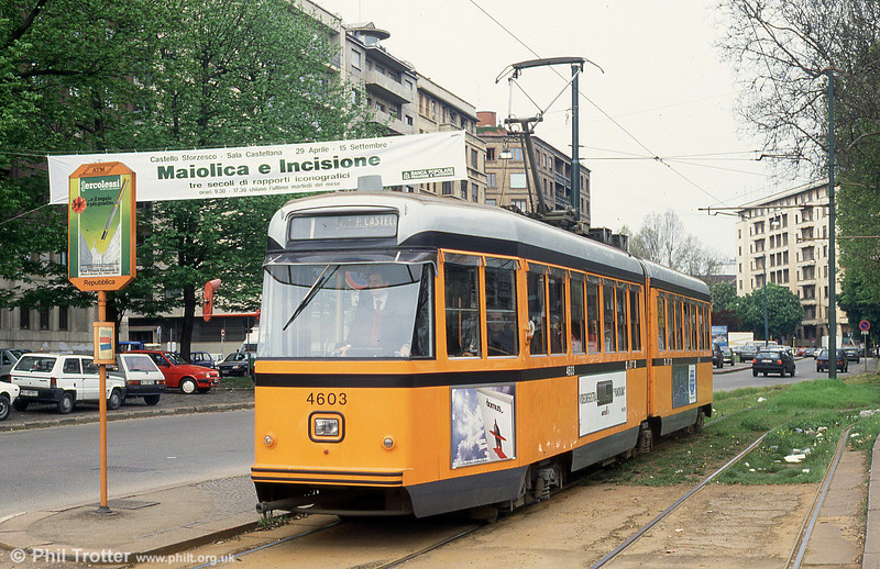 Car 4603 at Piazza della Repubblica on 21st April 1992.