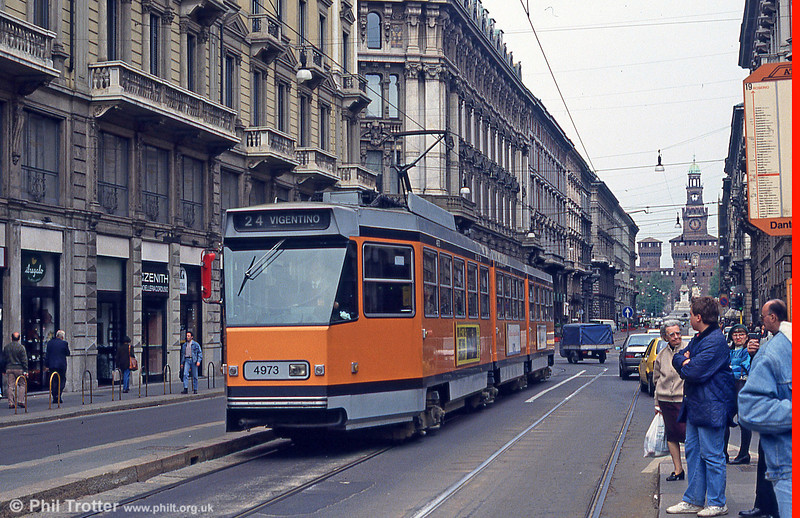 Car 4973 at Piazza Cordusio on 21st April 1992.