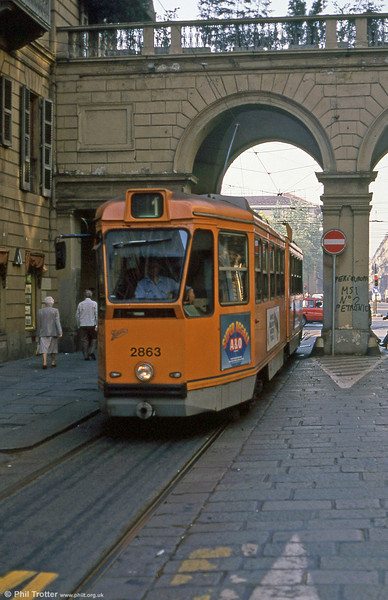 Car 2863 in Via San Secondo on 5th September 1989.
