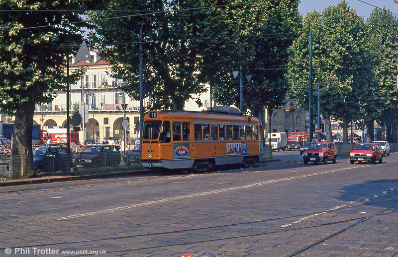 Car 3144 at Piazza della Republicca on 5th September 1989.