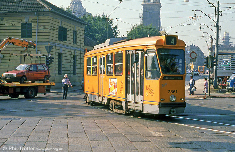 Car 2861 at Corso Regina Margherita on 5th September 1989.