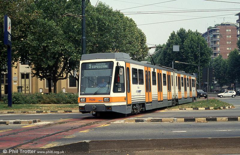 Car 7039 at Piazza Bernini on 30th July 1993.