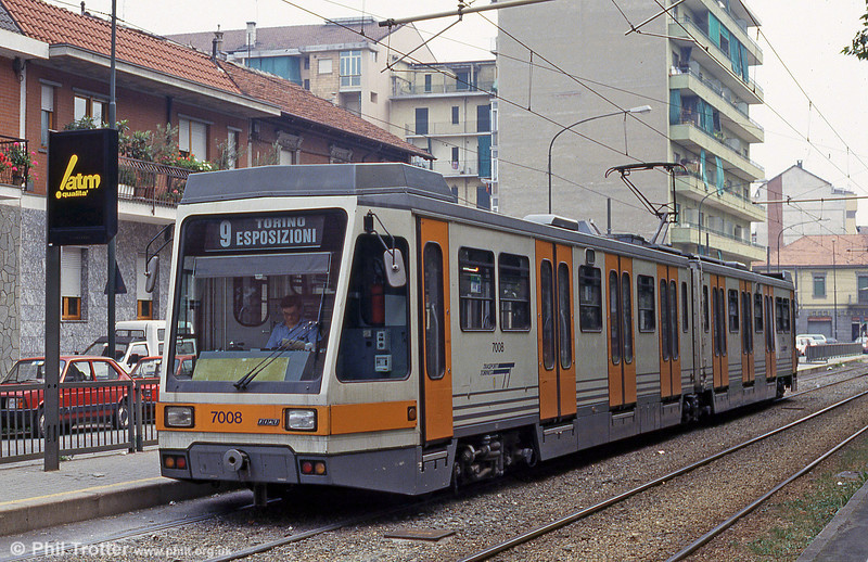 Car 7008 at Piazza Stampalia on 30th July 1993.