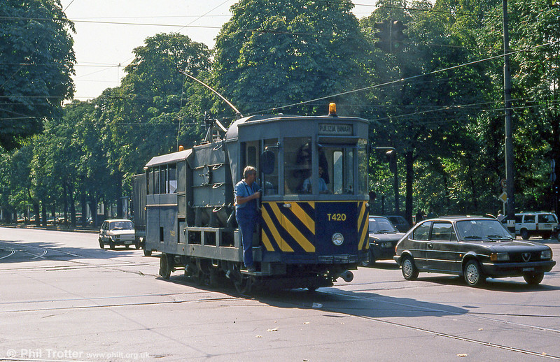 Torino works car T420, at Corso Vittorio Emanuele II on 5th September 1989.