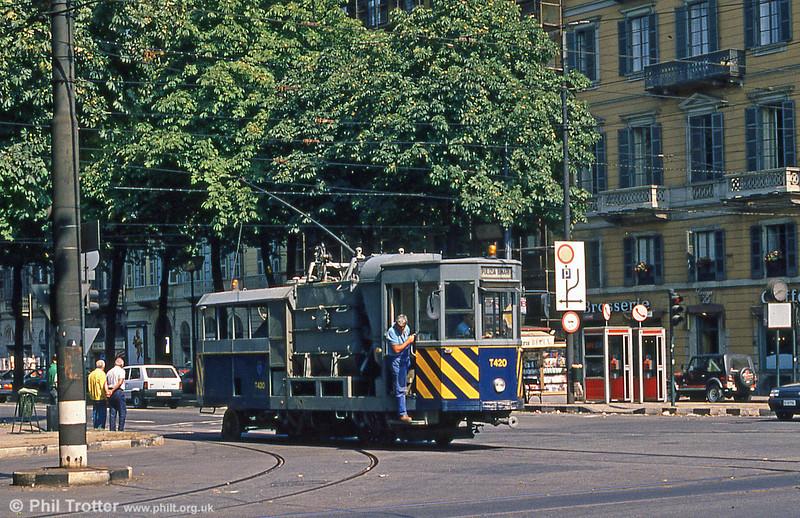Torino works car T420, at Corso Vittorio Emanuele II on 5th September 1989.