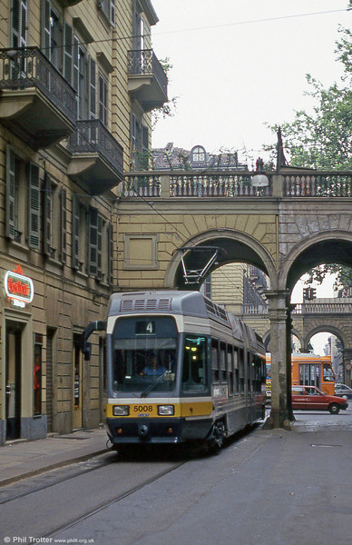 Car 5008 in Via San Secondo on 30th July 1993.