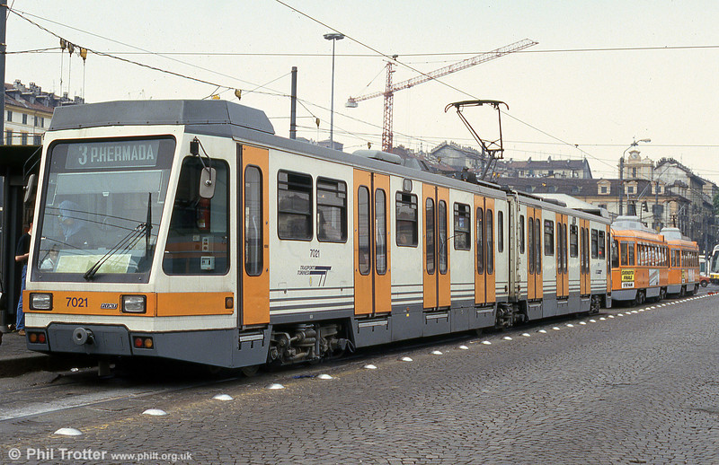 Car 7021 at Piazza della Republicca on 30th July 1993.