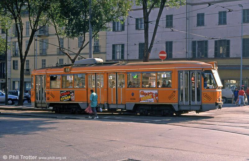Car 3258 at Fiochetto Satti on 5th September 1989.