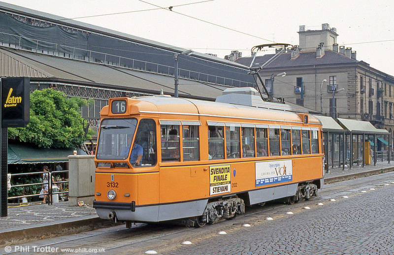 Car 3132 at Piazza della Republicca on 30th July 1993.