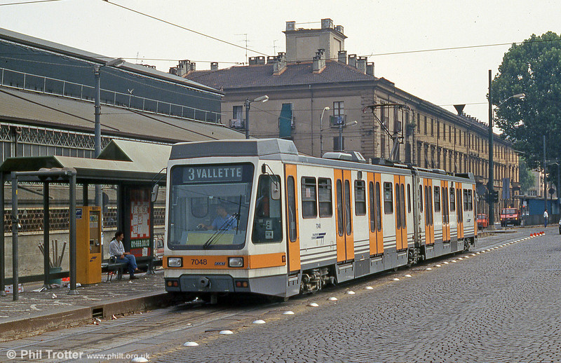 Car 7048 at Piazza della Republicca on 30th July 1993.