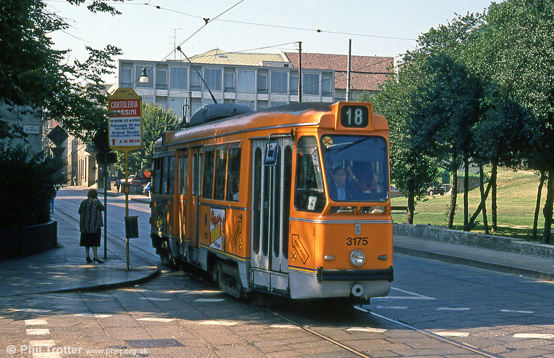 Car 3175 at Via Gioacchino Rossini on 5th September 1989.
