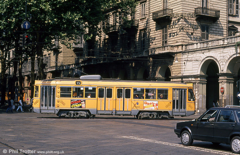 Car 3199 at Porta Nuova on 5th September 1989.