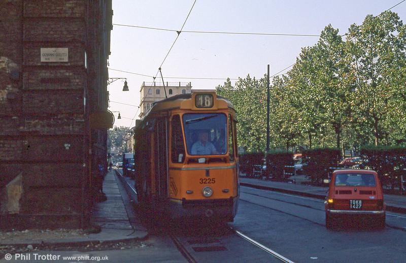 Car 3257 in Via Giovanni Giolitti on 5th September 1989.