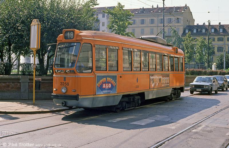 Car 3258 at Via dell'Accademia Albertina on 5th September 1989.