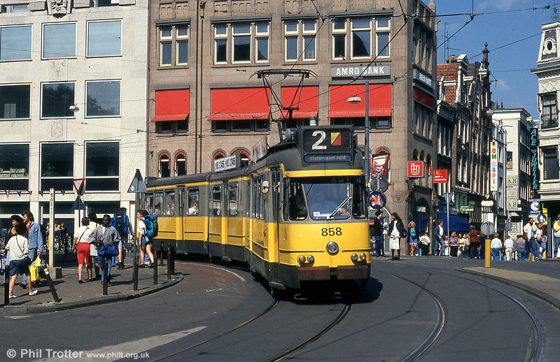 Car 858 at Leidestraat on 8th August 1990.