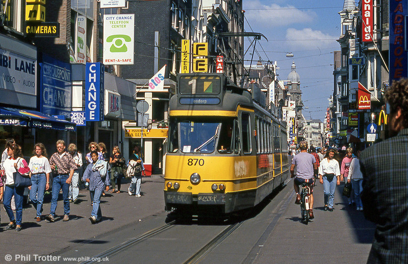 Amsterdam 870 in the pedestrianised Leidestraat on 8th August 1991. (First published in Modern Tramway, 2/91).