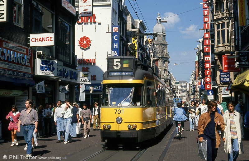 Car 701at Leidestraat on 8th August 1990.
