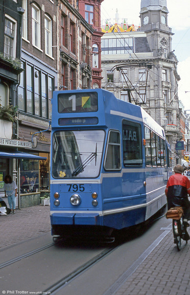 Car 795 at Leidestraat on 7th August 1990.