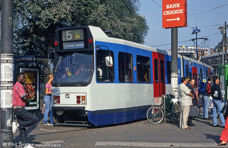 Car 917 at Centraal Station on 27th August 1991.