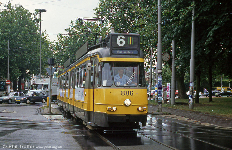 Car 886 at Ferdinand Bolstraat on 7th August 1990.